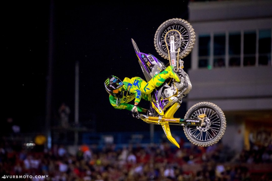 the-bangers-dirtshark-biggest-whip-contest-16_gallery_full