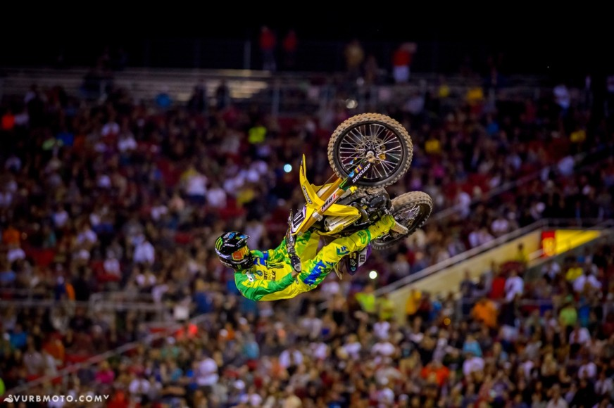 the-bangers-dirtshark-biggest-whip-contest-19_gallery_full