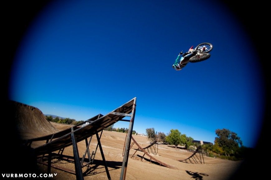 backyard-whips-ft-tom-parsons-16_gallery_full
