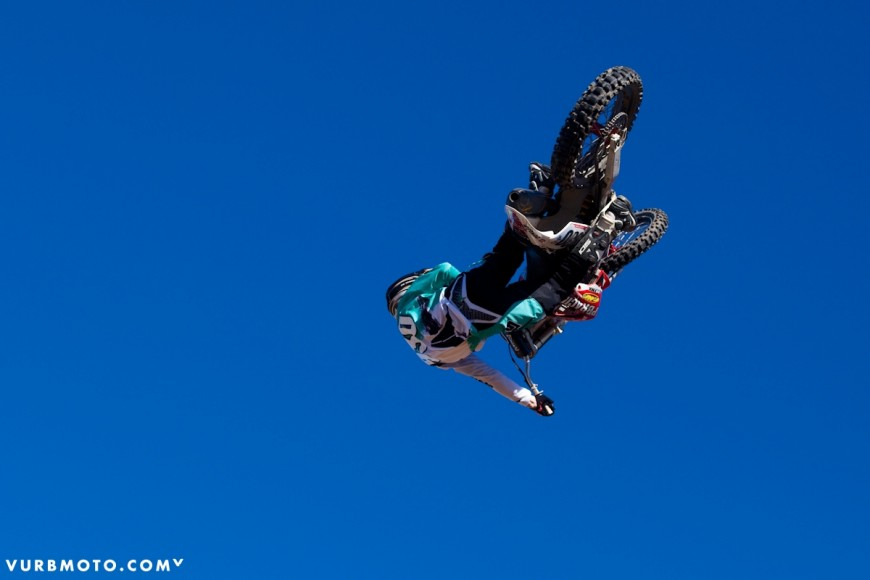 backyard-whips-ft-tom-parsons-22_gallery_full