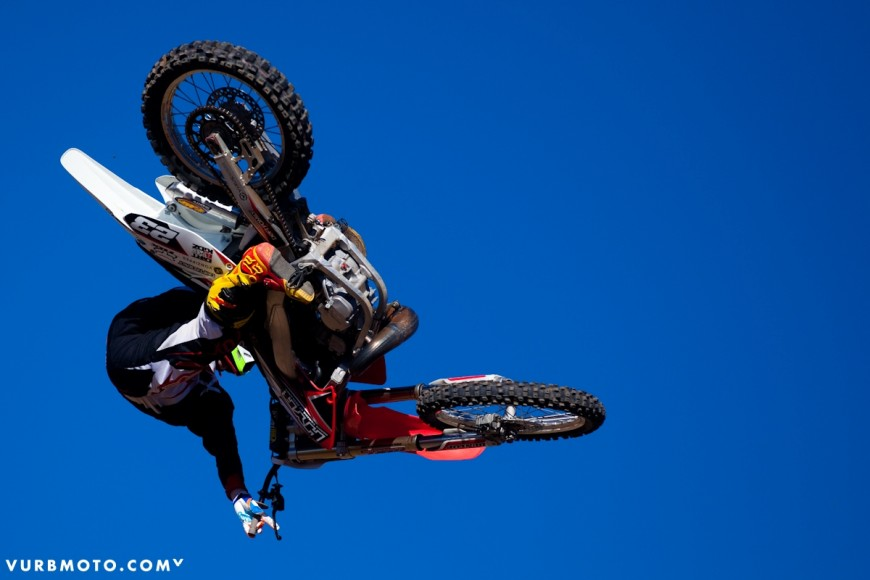 backyard-whips-ft-tom-parsons-23_gallery_full
