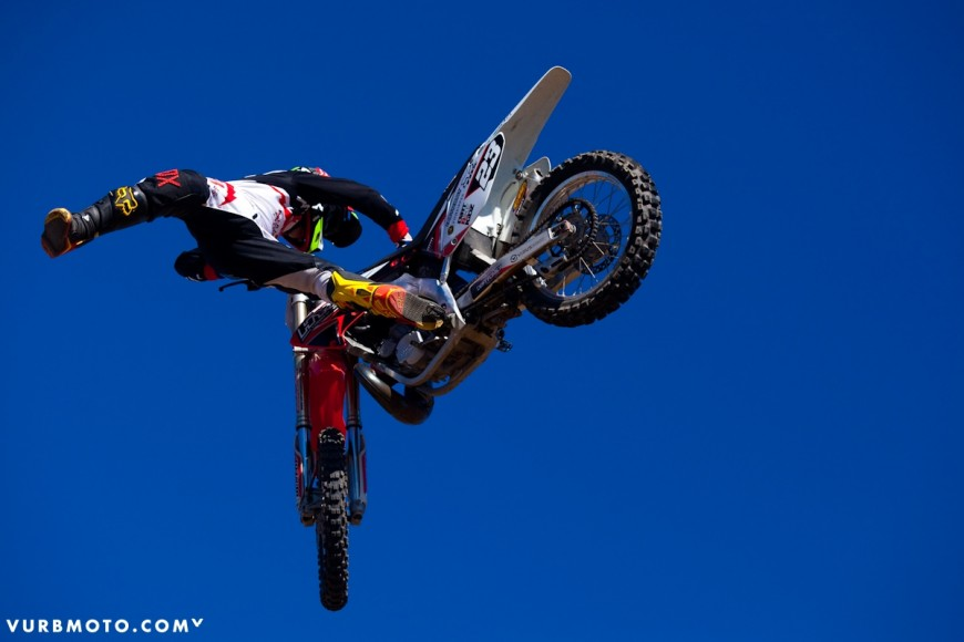 backyard-whips-ft-tom-parsons-30_gallery_full