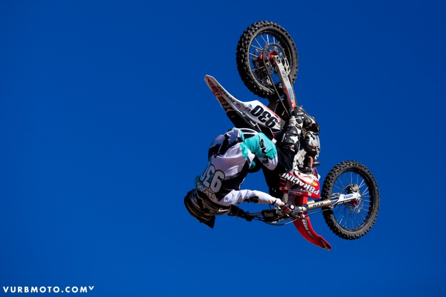 backyard-whips-ft-tom-parsons-34_gallery_full