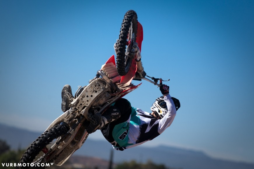 backyard-whips-ft-tom-parsons-4_gallery_full