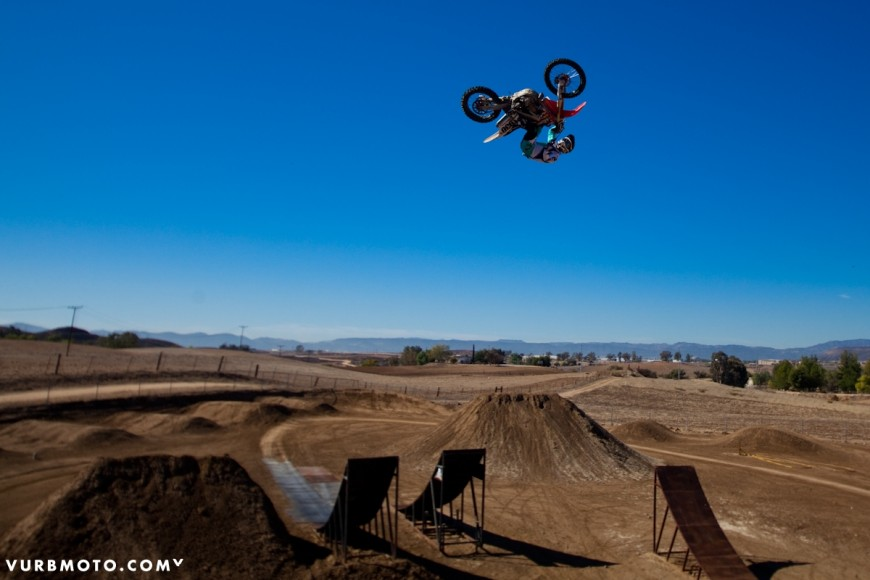backyard-whips-ft-tom-parsons-6_gallery_full