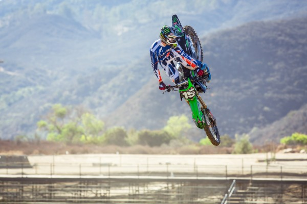 the_flow_transworld_motocross_800