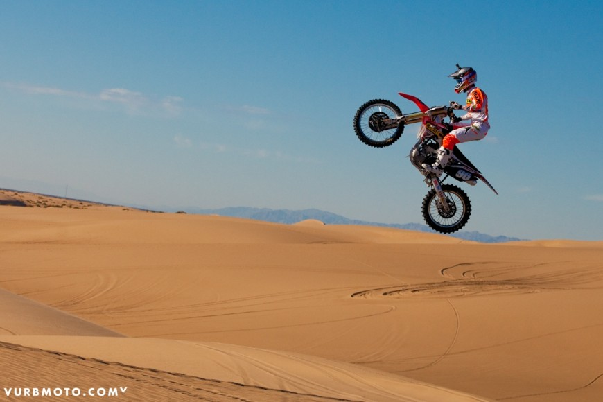 100-at-the-glamis-sand-dunes-18_gallery_full