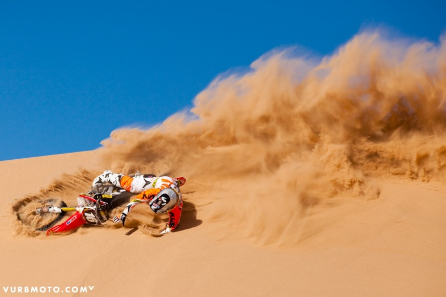 100-at-the-glamis-sand-dunes-9_gallery_full